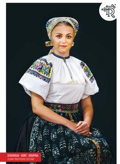 Senohrad, Hont, Slovakia Folk Clothing, Folk Dance, Folk Embroidery, Folk Costume, Beautiful Blouses, Traditional Dresses, The Incredibles, Clothes, Kleding