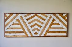 Cuadro geométrico hecho íntegramente con madera de palet. Geometric picture made 100% from pallet wood. Motivational Quotes For Life, Home Decor, Wood Pictures, Recycled Wood, Recycled Materials, Decoration Home, Room Decor, Interior Decorating