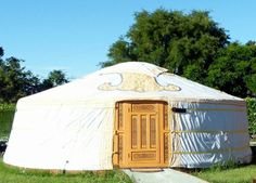 These yurts sleep up to four people, check them out at Wacky Stays Kaikoura. http://www.aatravel.co.nz/main/listing.php?listingId=253117