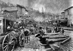 "victorfranko: ""Deadwood Black Hills, Indian Territory (now South Dakota) 1876 "" Dakota Do Sul, Deadwood South Dakota, North Dakota, Old West Town, Old West Photos, Rare Photos, Westerns, Into The West, Photo Vintage"