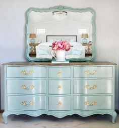 Stunning Hand Painted French Provincial Dresser/Console – Second Chance Studios Steel Furniture, Fine Furniture, Cheap Furniture, Vintage Furniture, Bedroom Furniture, Furniture Cleaning, Furniture Dolly, French Furniture, Furniture Online