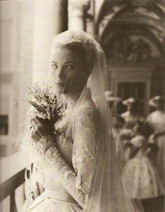 Prince Rainier of monaco and Grace Kelly wedding
