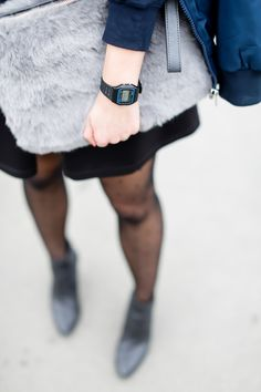 Navy Bomber Jacket Skirt Bomberjacke Berskar Rock Oh My Love Oasis Grey Fluffy Bag women girl blog Germany Outfit Streetstyle Berlin Samieze Spring Frühlingslook-8.jpg