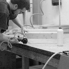 Työvaihe: Sohvarungon valmistus 🔨 | Craft: Framework production 🔨 Tuotantolinja: Sohvat | Production line: Sofas  #pohjanmaan #pohjanmaankaluste #käsintehty #craftsman #craftsmanship #handmadefurniture #furnituremaker #furnituredecor
