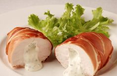 Oven baked chicken in Parma ham.Cream cheese herb stuffed chicken breasts wrapped in Parma ham and cooked in turbo oven. Super Easy and Delicious! I Love Food, Good Food, Yummy Food, Yummy Yummy, Tasty, Prosciutto, Turkey Recipes, Chicken Recipes, Philadelphia Recipes
