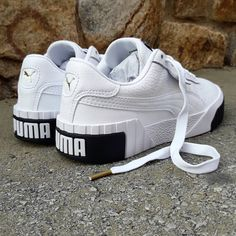 50 Ideas for basket puma cali Moda Sneakers, Sneakers Mode, Sneakers Fashion, Shoes Sneakers, White Sneakers, Trendy Shoes, Cute Shoes, Casual Shoes, Sneaker Outfits