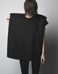 signature hooded tshirt. the body of this tshirt forms a generous and unexpected hood // COMPLEX GEOMETRIES // Montreal