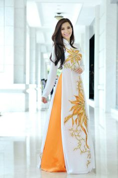 The Ao Dai is a Vietnamese Traditional Garment Vietnamese Traditional Dress, Vietnamese Dress, Traditional Dresses, Ao Dai, Lovely Dresses, Stylish Dresses, Pakistani Dresses, Indian Dresses, Modest Fashion