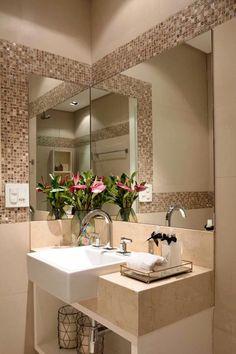 92 Bathroom Shower Makeover Decor Ideas Tips for Remodeling It 1961 Best Diy Bathroom Remodel Images In 2019 Clawfoot Tub Bathroom, Master Bathroom Shower, Glass Bathroom, Diy Bathroom Remodel, Shower Remodel, Bathroom Wallpaper Yellow, Shower Cabinets, Shower Makeover, Best Bathroom Designs