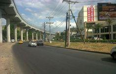 Un tramo de la vía Transístmica después de las obras del metro.