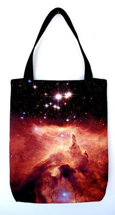 Nebula tote.