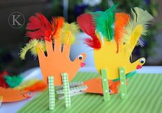 Thanksgiving Craft Idea :) and it worked great with 4 and 5 year olds. Good, quick easy to set up and execute!