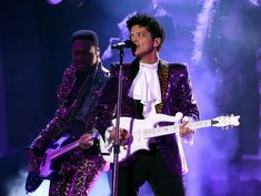 Bruno Mars paid tribute an amazing to Prince