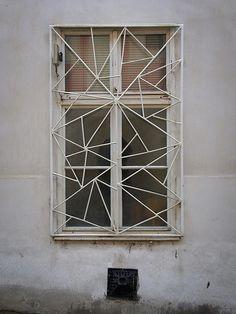 Vernacular Modernism // goenetix [Flickr]