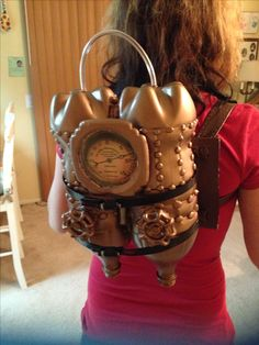 Here is my Jet pack that I made for my Lady Steampunk Time Traveler Costume. :D