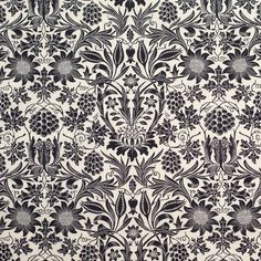 Black/Antique White Floral Printed Stretch Cotton Poplin