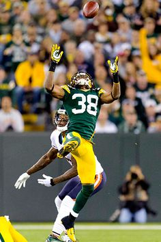a247b932163129 Green Bay s Tramon Williams and the Packers Defense dominated the Bears!  Bears Packers