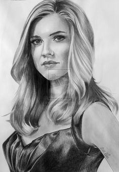 Drawings in b/w. used pencil & charcoal - size 30 x 42 cm Wishes & ideas are welcome! Sara Canning aka Jenna Sommers Vampire Diaries Stefan, Vampire Diaries Poster, Vampire Diaries Seasons, Vampire Diaries Wallpaper, Vampire Diaries Funny, Vampire Diaries Cast, Vampire Diaries The Originals, Sara Canning, Vampire Drawings