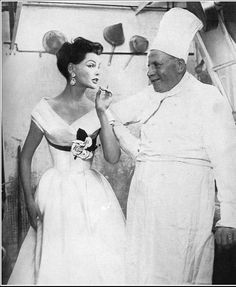 1953 Georgia Hamilton in evening gown by Jacques Fath, photo by Richard Avedon, Harper's Bazaar,