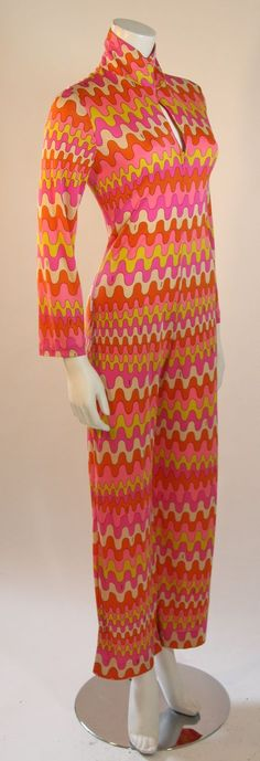 look Emilio Pucci Psychedelic Jumpsuit image 6 60s And 70s Fashion, Mod Fashion, Trendy Fashion, Vintage Fashion, Fall Fashion, Vintage Style, Fashion Ideas, Fashion Tips, 1960s Outfits