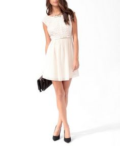 Embroidered V-Back Dress | LOVE21 - 2000047679
