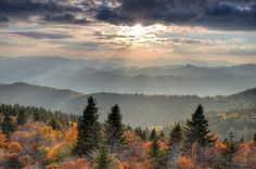 Cowee Mountain Overlook, Blue Ridge Parkway (MM 430) by Mountain Photo Gallery