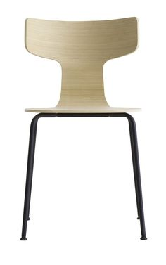 Fedra S200 Stuhl mit Vierfußgestell aus Metall von #LaPalma  ab 280,00 € FEDRA - ein von Leonardo Rossano entworfener, stapelbarer Stuhl mit Metallgestell, pulverlackiert in schwarz oder weiß oder matt verchromt. Seine Sitzschale besteht aus formgepresstem Multiplex in verschiedenen Ausführungen. Der Formschöne Stuhl wird gerne in privaten wie auch öffentlichen Ess- aber auch in Wartebereichen eingesetzt. Überzeugen Sie sich selbst von FEDRA und wählen Sie eine Ausfwührung nach Ihrem…