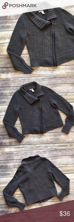 """DKNY Zip Up Sweater DKNY Zip Up Sweater size medium. Measures pit to pit 19""""/ length 20"""" DKNY Sweaters"""