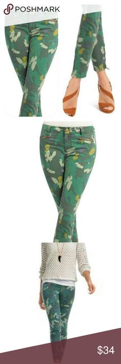CAbi Clover Camo Jeggins Used condition. CAbi Jeans Skinny