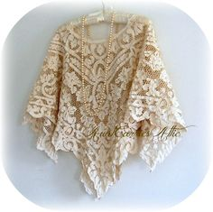Simple Lace Shawl Poncho Elegant Vintage Lace by auntcarriesattic