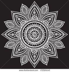 Mandala, blanco y negro Mandala Artwork, Mandala Painting, Stencil Painting, Henna Tattoo Kit, Mandala Tattoo, Mandalas Drawing, Zentangles, Cool Doodles, Mehndi Art