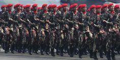 HUT ke-68 TNI. ©2013 Merdeka.com/imam buhori   Majalahberita855.com  - Panglima TNI Jenderal Moeldoko berjanji akan…
