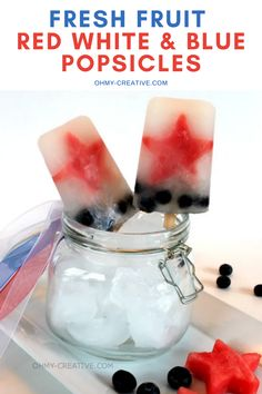 Easy to make Fresh Fruit Red White And Blue Popsicles for every patriotic holiday! Perfect for the Fourth of July, Memorial Day and Labor Day. | OHMY-CREATIVE.COM #RedWhiteAndBlueDessert #HomemadePopsicles #4thofJulyDesserts #fourthofjuly #4thofjuly #popsicles #dessert Patriotic Desserts, 4th Of July Desserts, Patriotic Party, Patriotic Crafts, July Crafts, Summer Desserts, Bbq Desserts, Homemade Desserts, Delicious Desserts