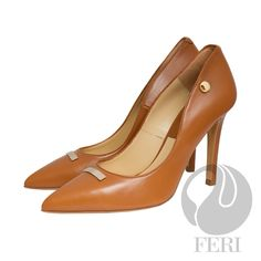 Global Wealth Trade Corporation - FERI Shoes Napa leather pump with stiletto heel - Napa leather sole and insole - Colour: Red Designer Dress Shoes, Designer Wear, Luxury Designer, Beige High Heels, High End Shoes, Shoes For Less, Walk In My Shoes, Stiletto Heels, Shoes Heels