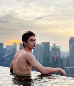 Cute Asian Guys, Asian Love, Bright Wallpaper, Chinese American, Bright Pictures, Idol, Cute Teenage Boys, Thai Drama, Cute Actors