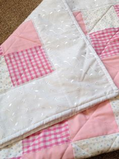 Pink baby cot quilt - simple but pretty