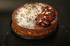 Klickt hier, um zum Rezept für diesen wahren Schokotraum zu gelangen. Der Kuchen ist komplett vegan und ist nicht zu machen und bedarf es keinen Großen Zeitaufwand. Viel Spaß beim Nachbacken. Cake, Desserts, Blog, Piece Of Cakes, Recipes, Tailgate Desserts, Deserts, Mudpie, Blogging