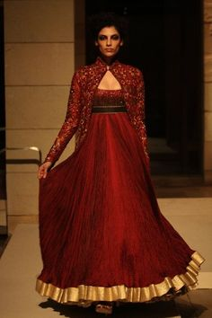 Elegant anarkali. So pretty but the jacket on top should be only till mid-back.