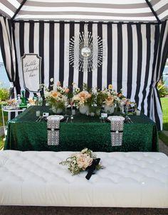Tabletops: Uptown Mod - Exquisite Weddings