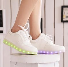 Cheap led shoe laces, Buy Quality led moving display board directly from  China shoes pick Suppliers  2015 Women Colorful glowing sneakers with  lights up led ... ffb5ecaa3b
