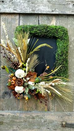 Hunting Wreath, Hunting Lodge Decor, Antler Wreath, Primitive Fall Decorating, Outside Fall Decorations, Elegant Fall Wreaths, Square Wreath, Corona Floral, Fall Floral Arrangements