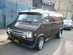 Custom Van Shows 2011 | looking to sell my 77 dodge tradesman