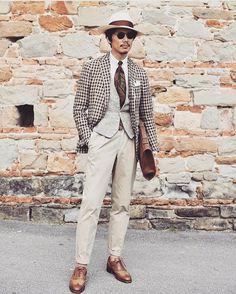 Style by @shuhei_nishiguchi / Ph. @jeong_ilkwon || MNSWR style inspiration || #menswear #menstyle #mensfashion #dapper #outfit #mensstyle