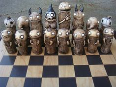 шахматы Spooky Chess Set by joewhiteford on Etsy Diy Chess Set, Chess Set Unique, Chess Sets, Chess Pieces, Game Pieces, Ceramic Monsters, Monster Wreath, Chess Table, Monster Dolls