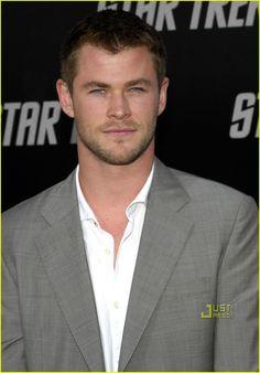 Chris Hemsworth   Chris Hemsworth vai viver o piloto James Hunt em Rush  