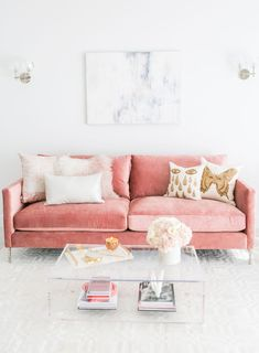Do not waste your time by remodeling the old look in your living room. Apply the pastel living room interior design ideas here. Blush Living Room, Pastel Living Room, Living Room Sofa, Interior Design Living Room, Living Room Furniture, Living Room Designs, Living Room Decor, Rustic Furniture, Pink Living Rooms