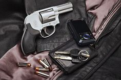 Smith and Wesson - 1 or 2 barrel, cal Smith & Wesson Bodyguard, Smith N Wesson, Guns And Ammo, Concealed Carry, Will Smith, Firearms, Hand Guns, American, Compact