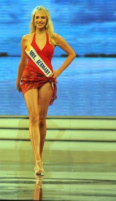Finale der Wahl zur Mrs. World 2009 in Vietnam
