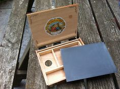 Thomas Jefferson Kitts | Blog: Making Your Own Hand-held Thumb Pochade Box... Very nice and easy