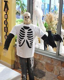 skeleton t-shirt, Martha Stewart